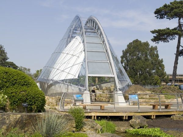 Davies Alpine House at Kew Gardens. © RBG KEW