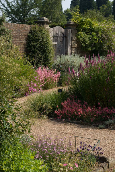 The Henry Price Walled Garden. © RBG KEW