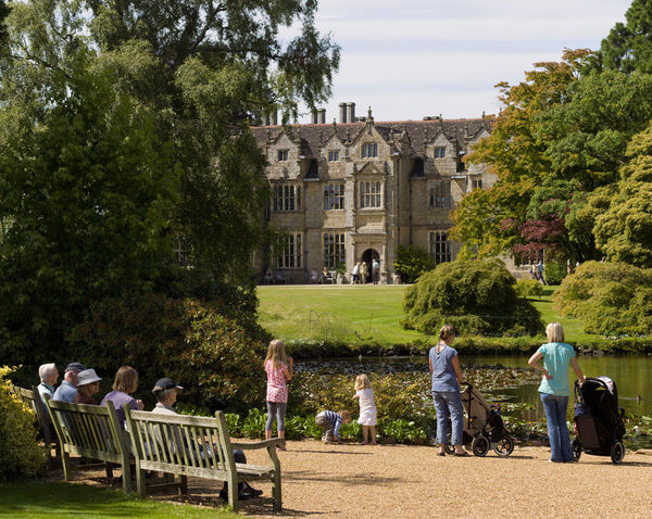 Mansion,Wakehurst Place. © RBG KEW