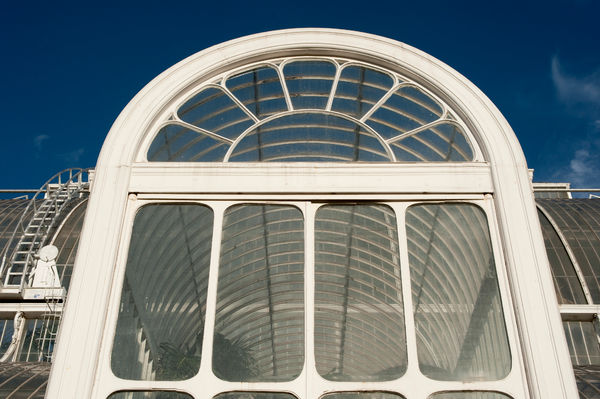 Palm house door. © RBG KEW