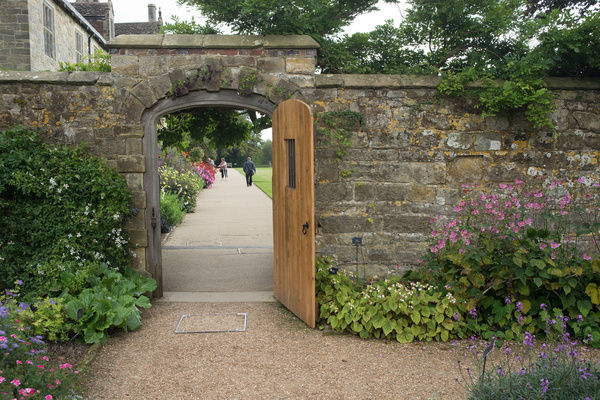 The Walled Garden, Wakehurst Place. © RBG KEW