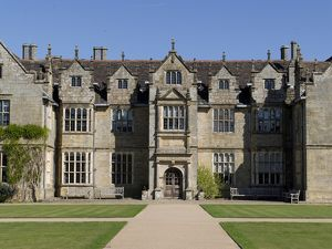 Wakehurst Mansion