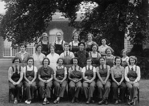 Some of Kew's female staff, 1942