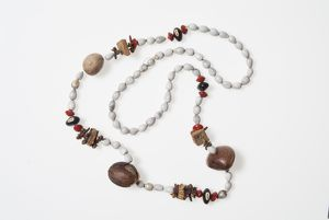 Necklace of spices